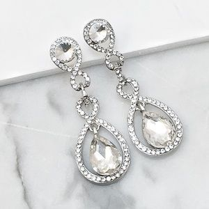 Clear Crystal Event or Special Occasion Earrings
